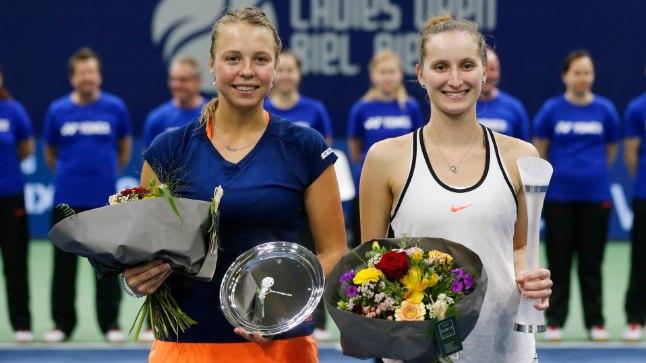 DEBÜTANDID: Nii võitja Marketa Vondroušova (paremal) kui ka Anett Kontaveit mängisid eile WTA turniiri finaalis esimest korda.