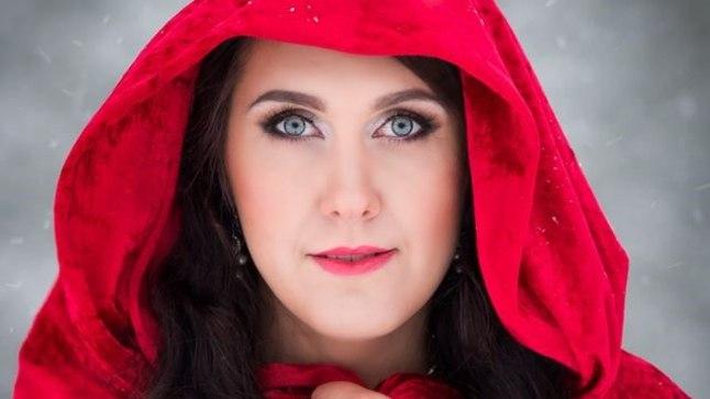 VAATAB KUI OTSE HINGE: Marise silmad on sügavad ja vaatavad kaasvestlejast justkui läbi – talle ei jää suurt midagi saladuseks.