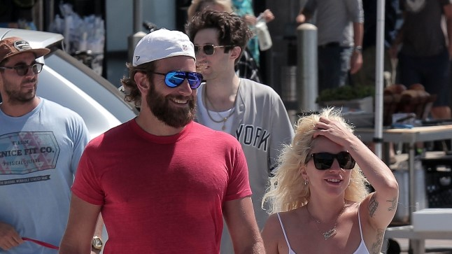 Lady Gaga ja Bradley Cooper 2016. aastal.