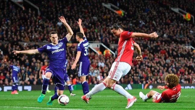 Матч между «Манчестер Юнайтедом» и «Андерлехтом»