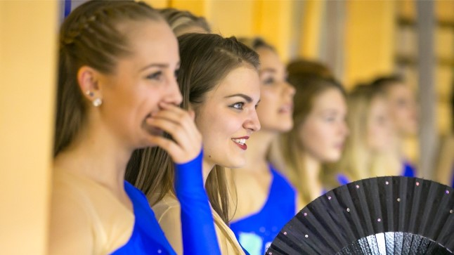 ÕHTULEHE VIDEO | Tartu imekaunid tantsutüdrukud säravad tunduvalt eredamalt kui vollemehed ise