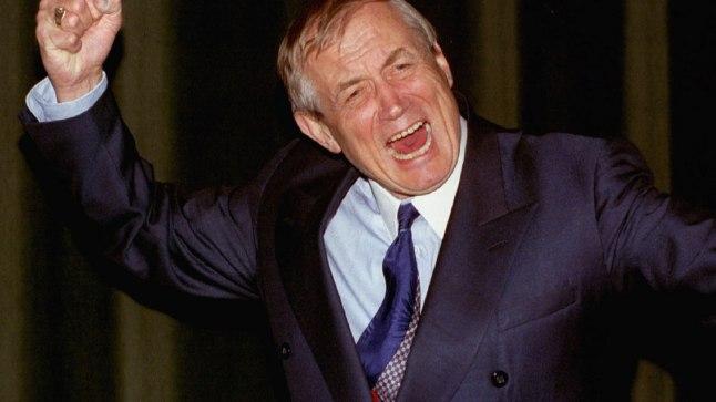 «BABI JAR»: Jevgeni Jevtušenko  aastal 1993 USAs Dartmouthi kolledžis  kirglikult «Babi Jari» esitamas.