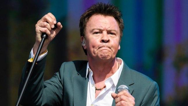 Kuigi 61-aastase laulja Paul Youngi parimad ajad on  möödas, tuuritab ta jätkuvalt oma kontsertidega mööda maailma ringi.
