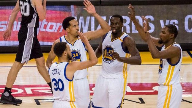 Golden State Warriorsi mängijad saavad pärast suure kaotusseisu kustutamist teineteisele patsu anda küll.