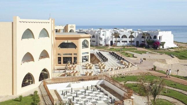 SÜNDMUSKOHT: Poolatar Magdalena Żuk puhkas Egiptuse neljatärnihotellis Three Corners Equinox Resort Beach (pildil). Sealt viidi naine haiglasse, kus ta palati aknast alla hüppas ja saadud vigastustesse suri.