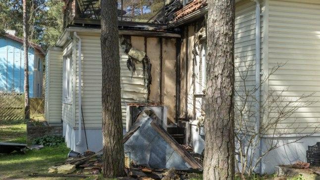 Tulekahju kaitseminister Tsahkna maja välisseinal sai alguse õhksoojuspumba juurest.