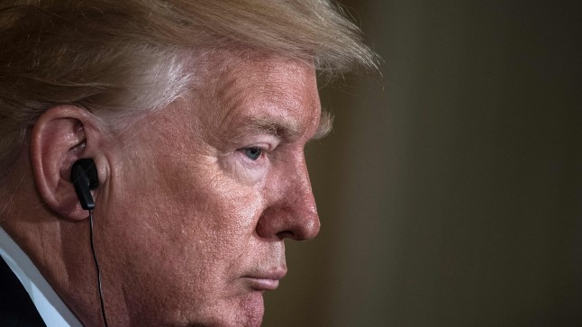 SURVE ALL: Donald Trump on pidanud nelja esimese kuu jooksul pidevalt kuulma süüdistusi, et tema kampaaniameeskond oli salakontaktis Vene ametnikega. Selguse peab tooma justiitsministeeriumi nimetatud eriuurija.