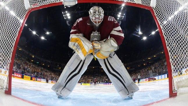 Läti jäähokikoondise väravavaht Elvis Merzlikins.