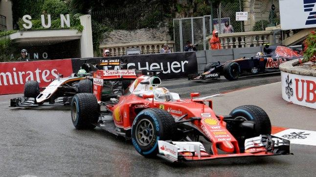 Sebastian Vettel Monaco tänavaringrajal.