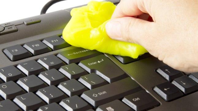 Miks on tähtis arvuti klaviatuuri puhastada?