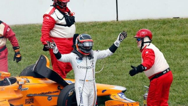 Fernando Alonso oli mootoriprobleemide tõttu sunnitud katkestama.