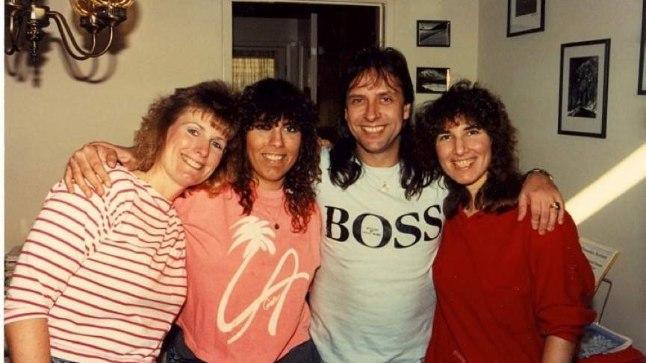 NÕBUD AMEERIKAS: Nina, Inga, Gunnar ja Amara Graps 1990. aastal Californias Cupertions.