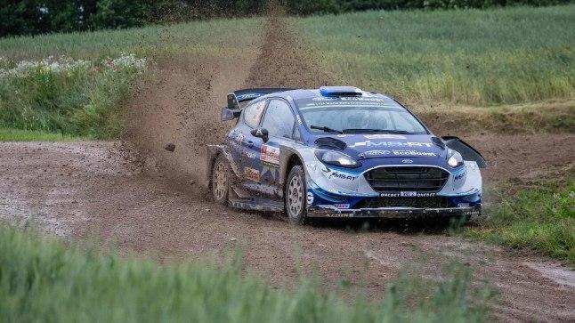 Ott Tänak ja Martin Järveoja kihutavad Poola mudas.