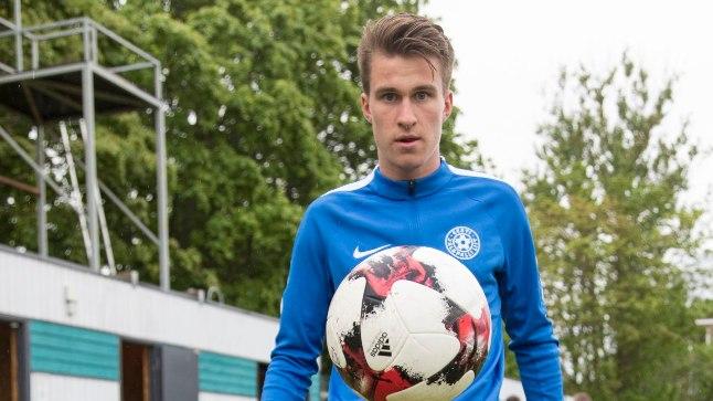 18-aastane poolkaitsja Mattias Käit on vaatamata oma noorele eale tõusnud Eesti koondise jaoks oluliseks mängijaks. Kui midagi väga tahta, on kõik võimalik – on noore mehe moto.