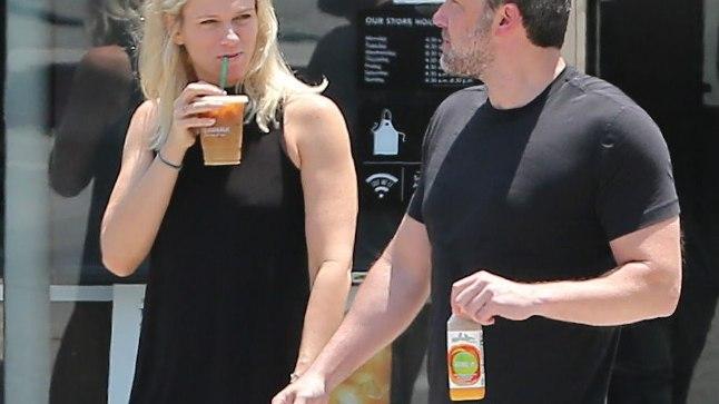 Ben Affleck ja Lindsay Shookus
