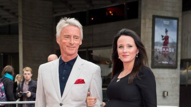 Paul Weller koos abikaasa Hannah'ga tänavu mais.
