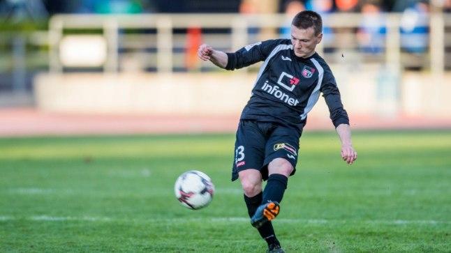 Vasakkaitsja Dmitri Kruglov lõi täna Tammeka võrku oma meeskonna teise värava.