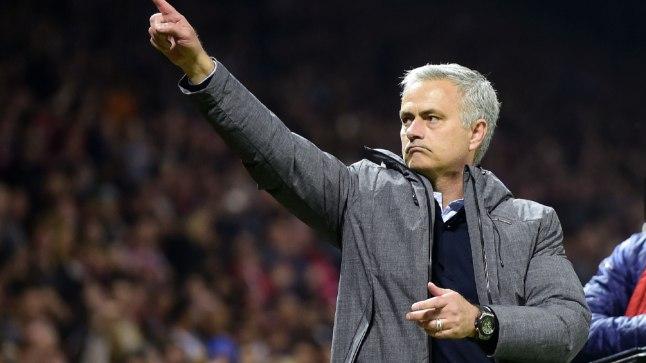 Manchester Unitedi peatreener Jose Mourinho.