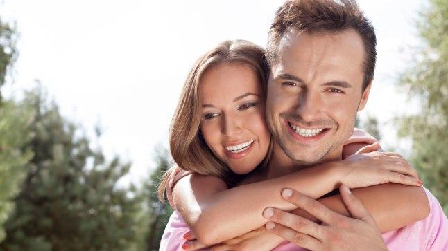 PIISAB VÄIKESTEST TÄHELEPANUAVALDUSTEST: Anna kallimale väikeste žestidega teada, kuivõrd palju sa teda armastad ja hindad. See tugevdab teie suhet.