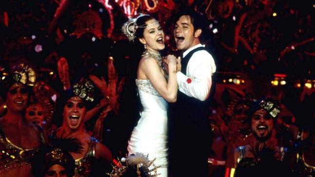 """Austraalia režissööri-stsenaristi Baz Luhrmanni pöörast muusikali """"Moulin Rouge"""" saab pidada 21. sajandi versiooniks 19. sajandi lõpus Pariisis aset leidnud armastusloost."""