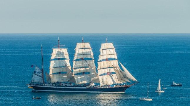 Tänavuste merepäevade suurim külaline on 117,5 meetri pikkune õppepurjekas Sedov, mille  kodusadamaks Murmansk. Kokku on oodata Tallinna umbes 50 avamere purjelaeva.