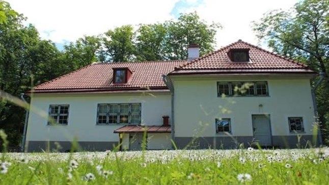 Peetri majamuuseum asub Mäekalda tänavas. Tallinna linnamuuseum