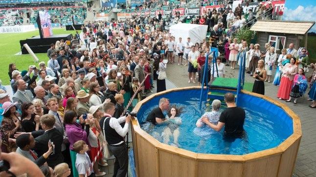 Jehoova tunnistajate kongress Tallinnas 2015. aastal.