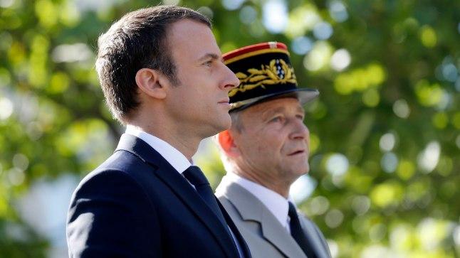 Prantsusmaa president Emmanuel Macron ja relvajõudude ülem Pierre de Villiers tänavusel Bastille' päeva paraadil