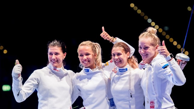 Maailmameistrid: Julia Beljajeva (vasakult), Erika Kirpu, Irina Embrich ja Kristina Kuusk.