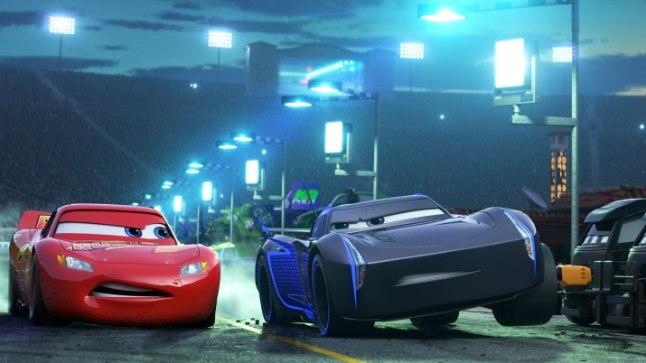 Lightning McQueeni hakkavad ohustama noored tegijad.