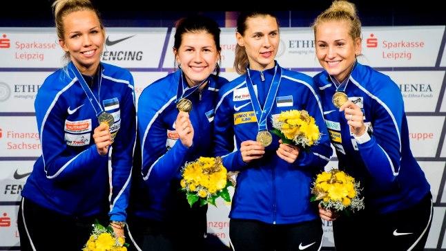 Maailmameistrid: Erika Kirpu, Julia Beljajeva, Irina Embrich ja Kristina Kuusk.