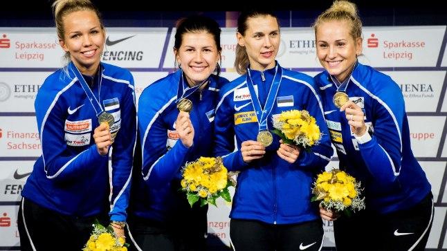 Erika Kirpu (vasakult), Julia Beljajeva, Irina Embrich ja Kristina Kuusk.