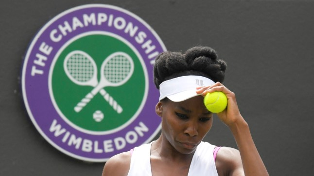 Venus Williams saab kergendatult hingata.