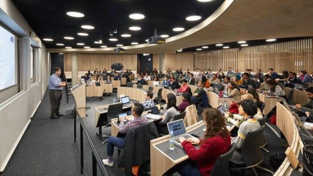 Оксфордский университет. Фото иллюстративное.