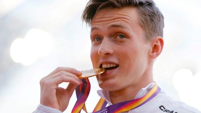 Karsten Warholm medalitseremoonial.