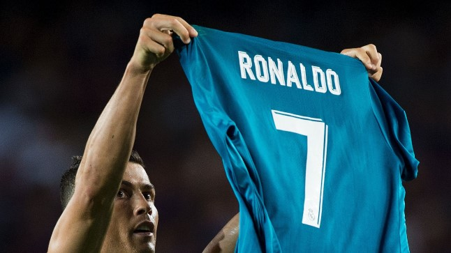 Cristiano Ronaldo meenutamas kõikidele, kes on parim jalgpallur maamunal.