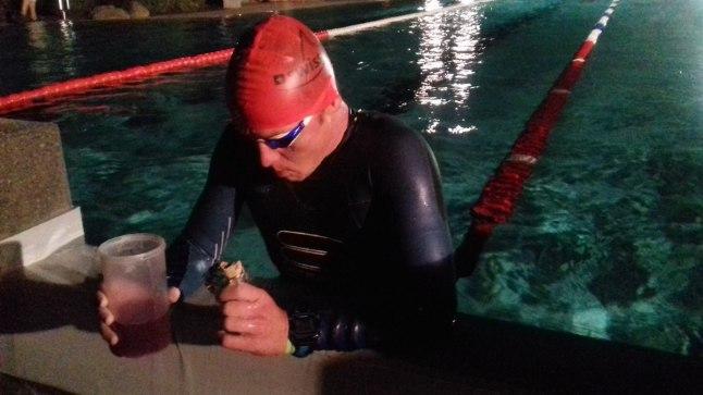 Rait Ratasepp 30 km ujumisdistantsi läbides.