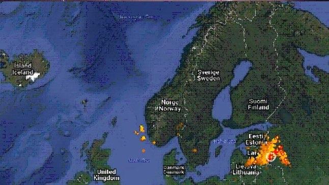 Eestile lähenes lõunast tugev äikesetormide sari. Õnneks läks see viimasel hetkel hoopis Venemaale.