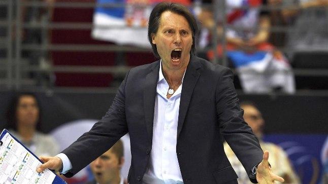 Gheorghe Cretu mängus Serbiaga.