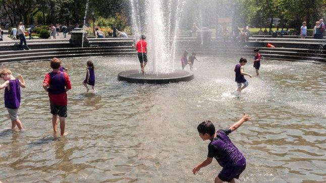 Kuigi linnade purskkaevud pakuvad tänavatel kõndijatele pisukestki jahutust, on mitmed Itaalia linnad vee kokkuhoiu pärast need sootuks välja lülitanud