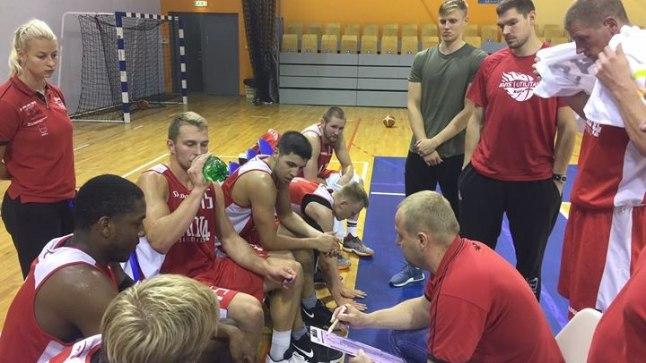 Rapla korvpallimeeskond.
