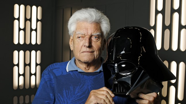 Dave Prowse 2016. aastal.
