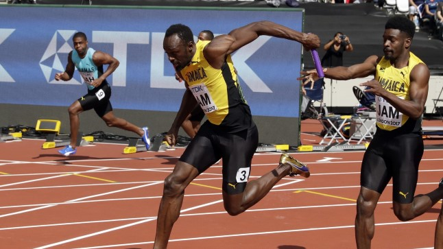 Michael Campbell (paremal) andmas teatepulka Usain Boltile.