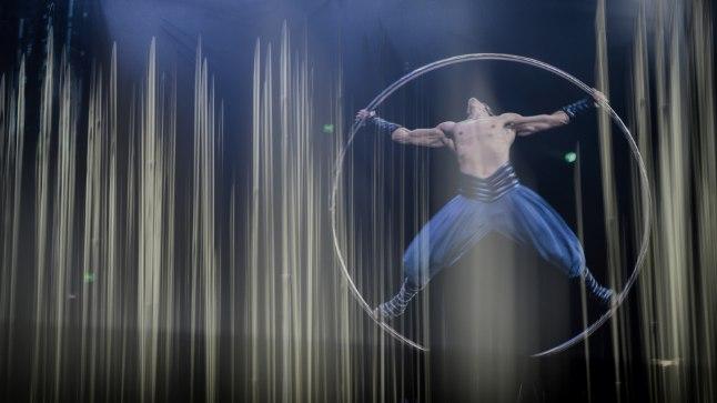 """ELU VÕIMALUS: Matthew Richardson nägi 17aastaselt saadet maailmakuulsast tsirkusest Cirque du Soleil. 24aastaselt otsustas ta ise tsirkuseartistina kätt proovida ning nüüd on ta osa Päikesetsirkuse lavastusest """"Varekai""""."""