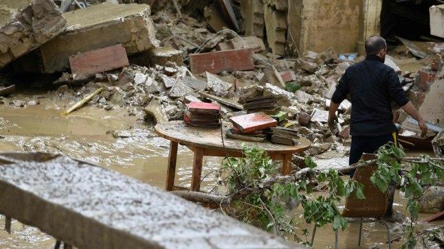 Mudavool purustas Livornos maju ja tappis inimesi.