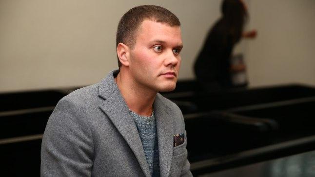 Joob vähem: Vormeliäss Marko Asmer tunnistas kohtusaalis, et purjuspäi autoroolis olemisele ei ole õigustust. Vältimaks vahejuhtumeid tulevikus, lubas Asmer alkoholi vähem tarbida.