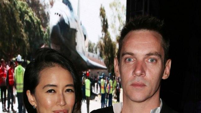 Jonathan Rhys Meyers ja Mara