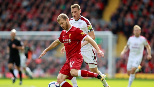 Ragnar Klavan (palliga) mängus Burnleyga.