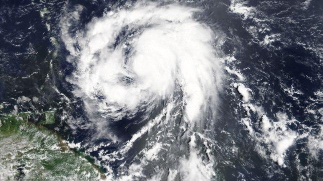 Orkaan Maria lähenemas Martinique'i saarele.