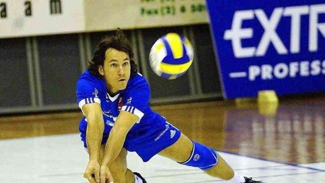 VOLLEMEES: Aastatel 2000 - 2004 esindas Austris Stals ESS Pärnu võrkpalliklubi.